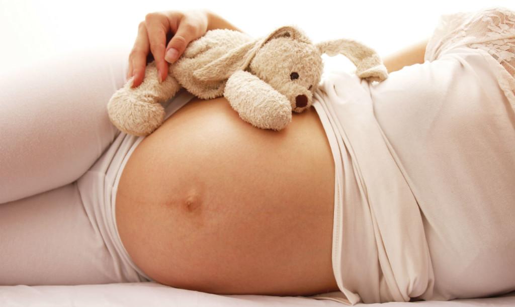 когда вставать на учет по беременности
