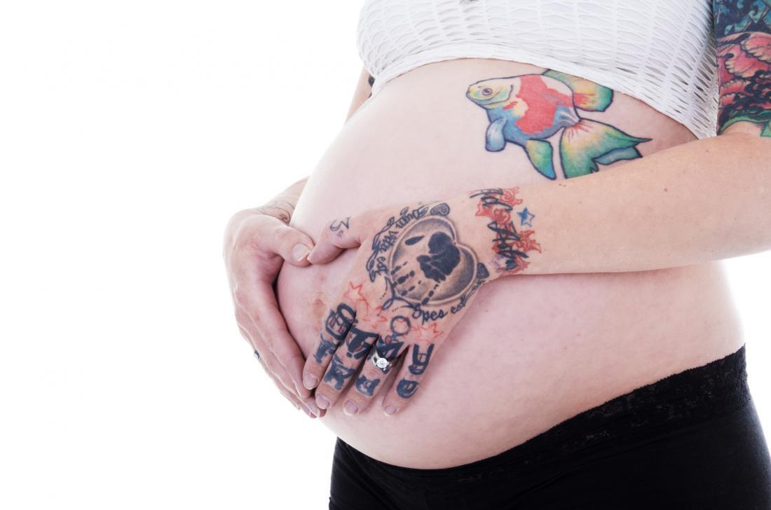 можно ли делать тату во время беременности